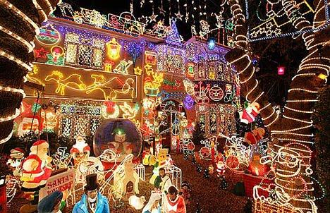Fachadas de casas decoradas para navidad casas y fachadas - Adornos para la casa en navidad ...