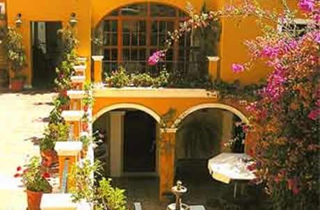 Fachadas coloniales casas y fachadas for Fachadas de casas mexicanas rusticas