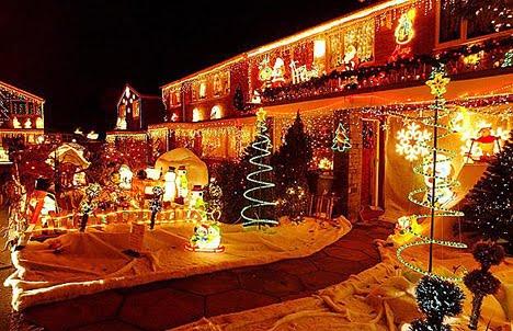 Fachadas de casas decoradas para navidad casas y fachadas - Casas decoradas en navidad ...