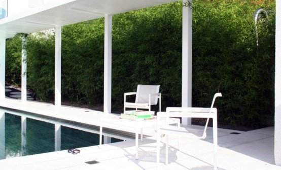 Casa moderna en color blanco por philippe stuebi casas y for Casa moderna blanca