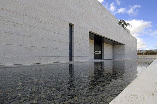 Arquitectura moderna residencia con l neas sensacionales for Casa de lujo minimalista y espectacular con piscina por a cero