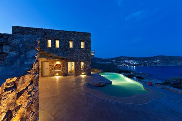 Stone-holiday-villa-mykonos-1