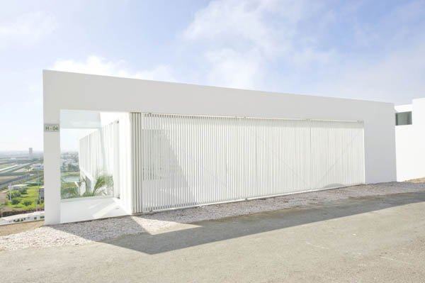 House-Playa-El-Golf-H4-by-RRMR-Arquitectos-1