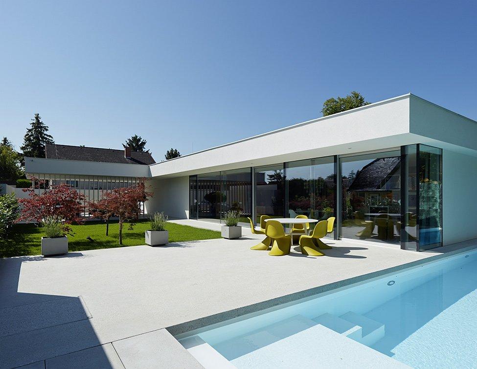 Habitaci N De Dise O Moderno Con Inusuales Estantes De