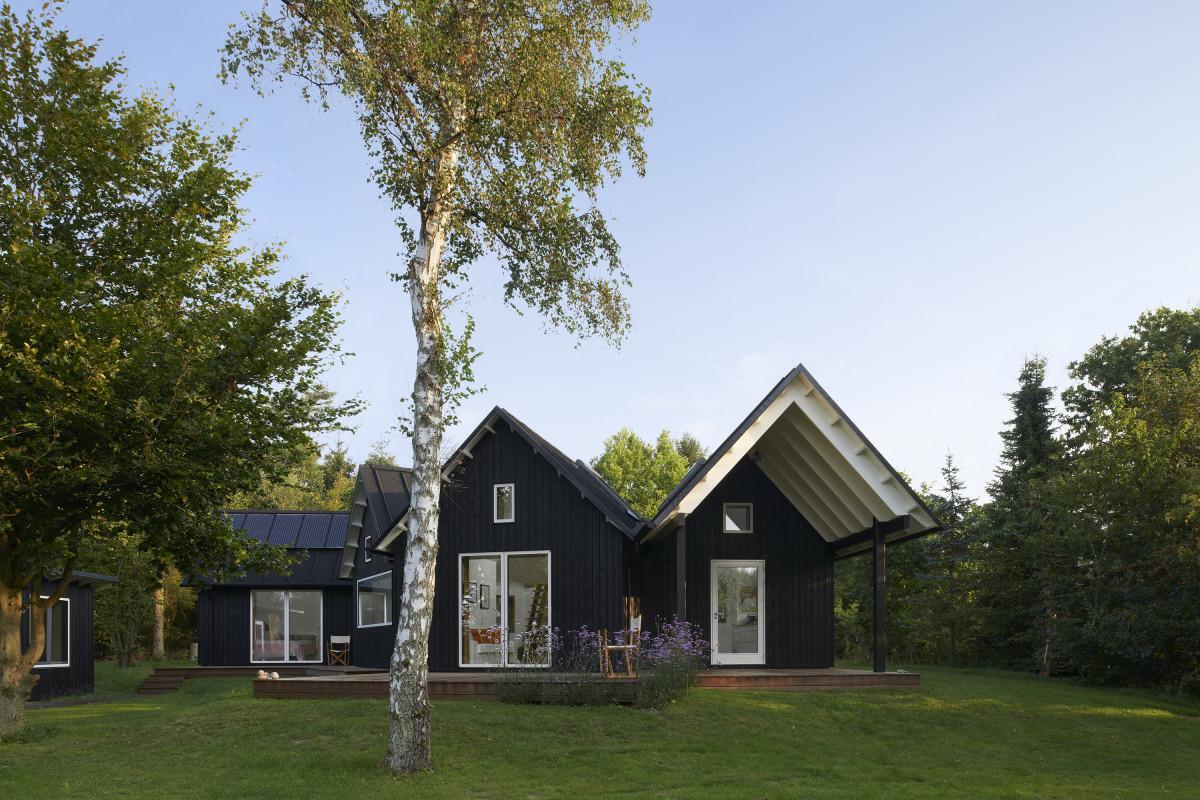Village-House-05