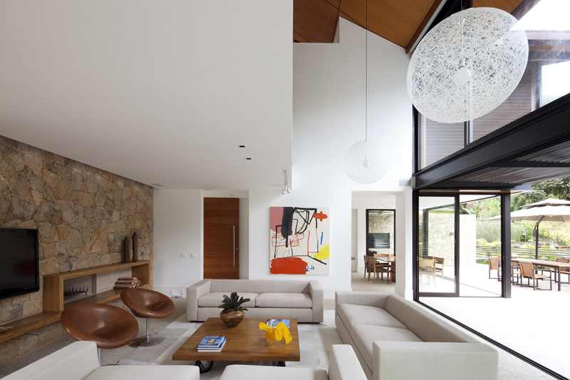 Project-House-in-the-Hills-8