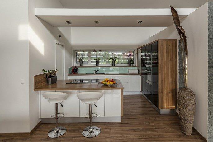 modern-garden-pond-house-14