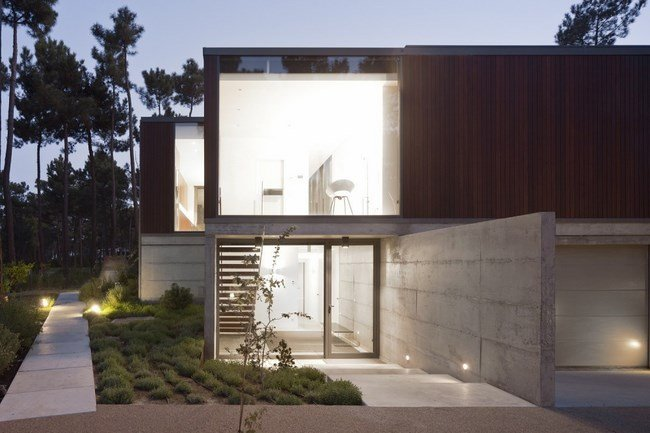 Fascinating-Aroeira-III-House 21