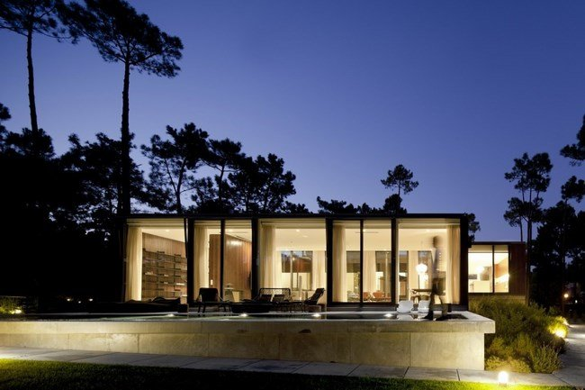 Fascinating-Aroeira-III-House 22