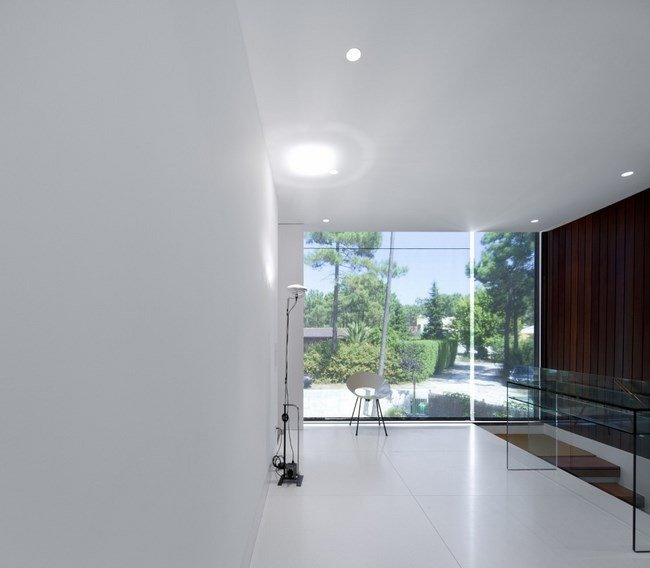 Fascinating-Aroeira-III-House 8