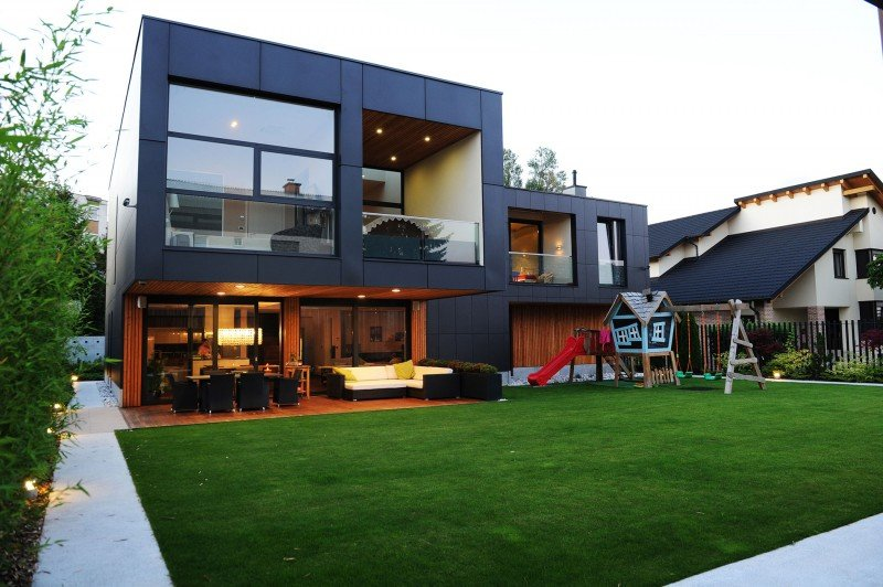 The-Black-Villa-1