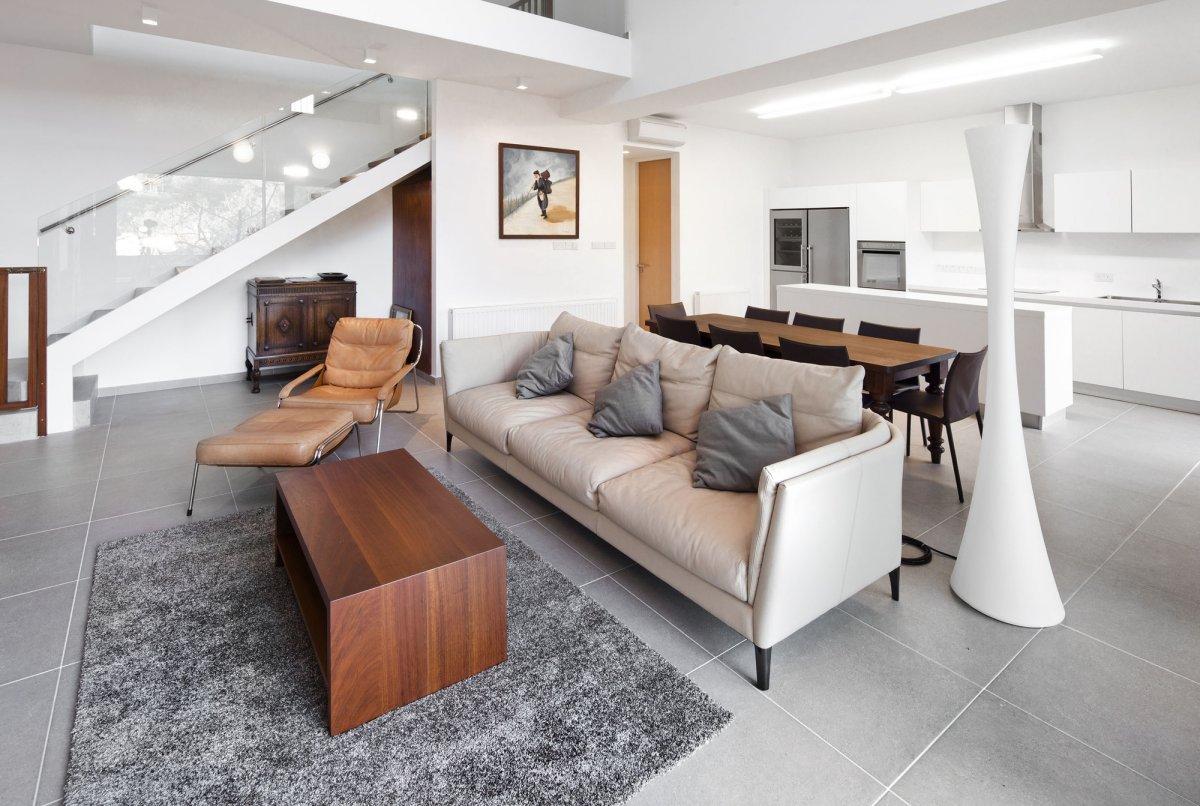 Modern-home-in-Cyprus-by-VARDAstudio-5
