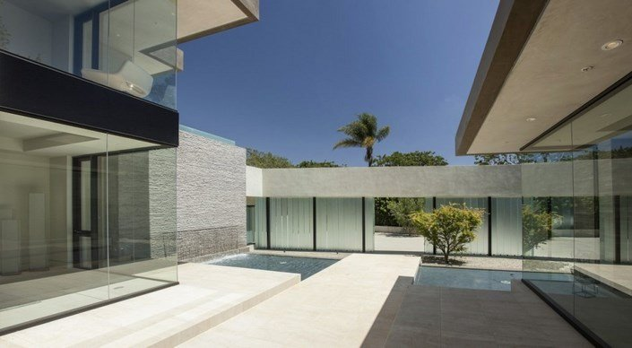 modern-house-California-7