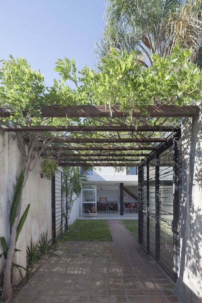 Contemporary-Santa-Fe-Home-by-Rosana-Sdrigotti-and-Julio-Cavallo-20