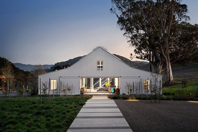 Eco-friendly-Hupomone-Ranch-by-Turnbull-Griffin-Haesloop-Architects-1