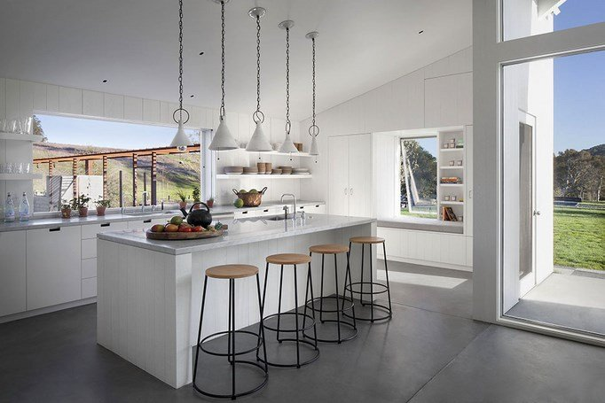 Eco-friendly-Hupomone-Ranch-by-Turnbull-Griffin-Haesloop-Architects-5