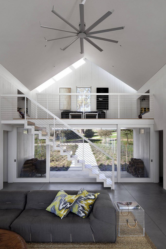 Eco-friendly-Hupomone-Ranch-by-Turnbull-Griffin-Haesloop-Architects-6