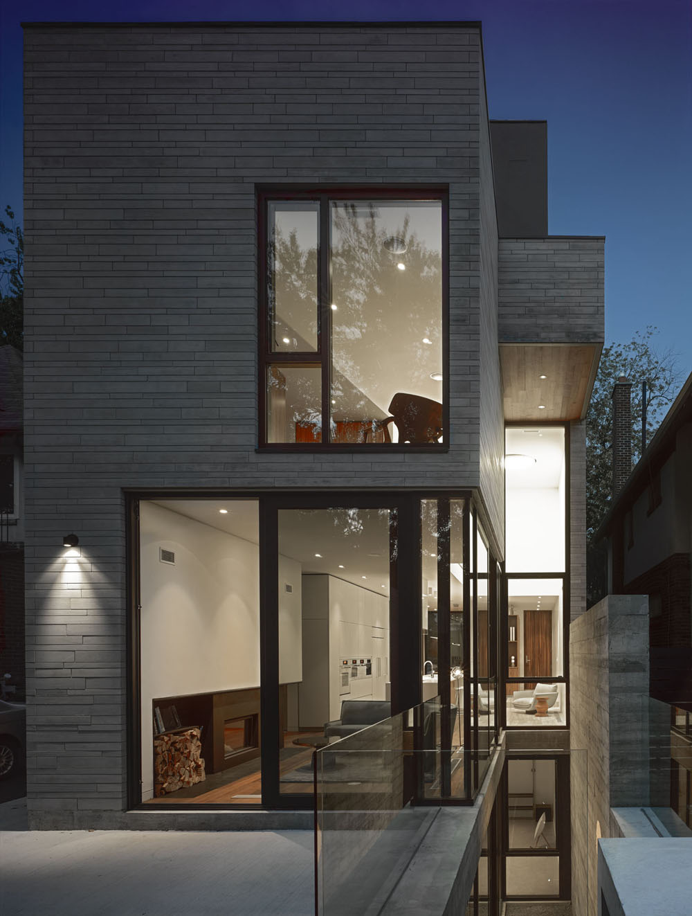 Moore-Park-Residence-by-Drew-Mandel-Architects-11