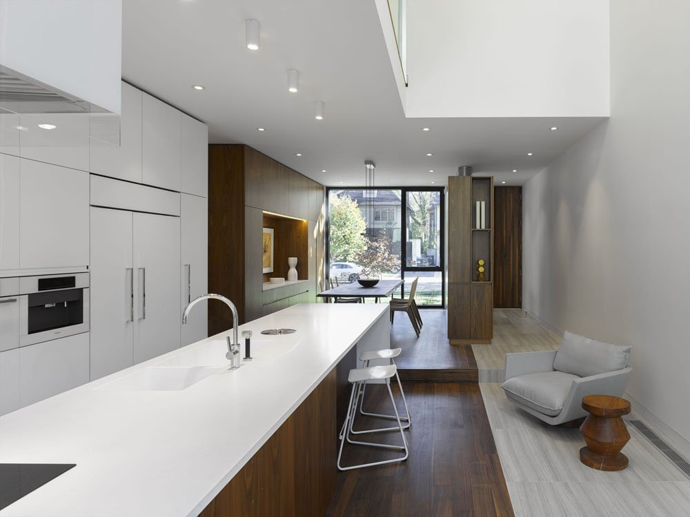 Moore-Park-Residence-by-Drew-Mandel-Architects-3