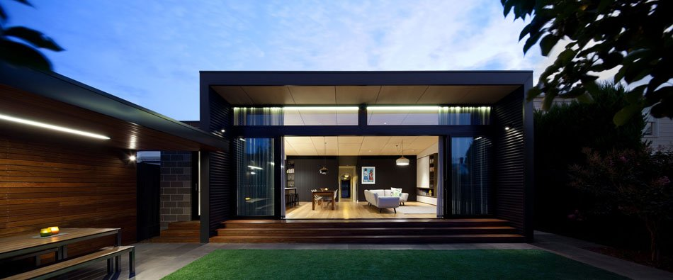 Extensión moderna para tener una casa familiar y funcional