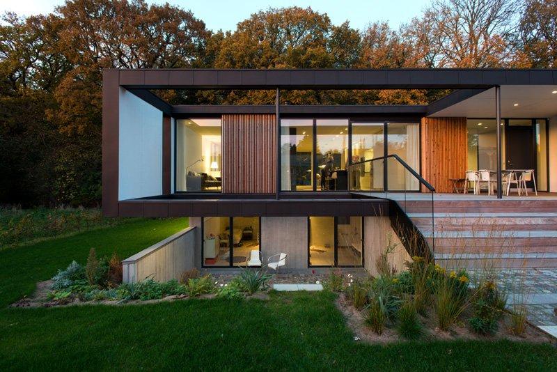 Fotos de casas modernas en dinamarca que captan interiores for Techos exteriores para casas
