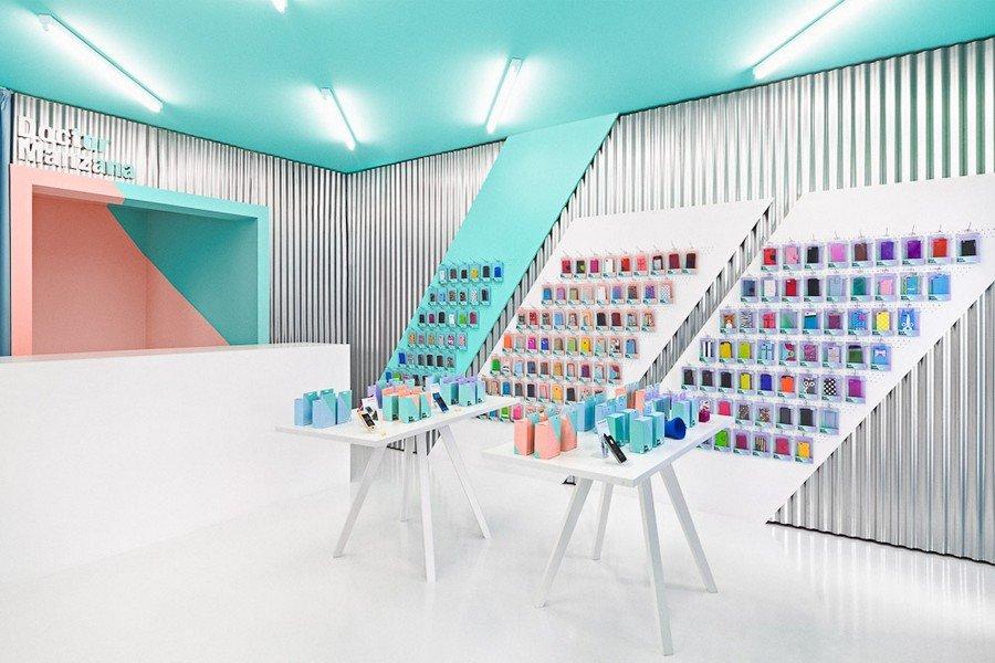 Smartphone-store-design5